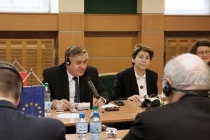 Jurgiel w Berlinie o uproszczeniu wniosków na dopłaty dla rolników
