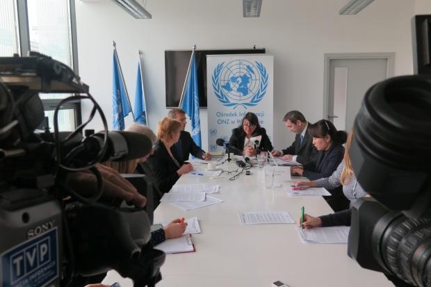 Sprawozdawczyni ONZ: Sklepy marnują żywność, mimo że rośnie liczba biednych dzieci