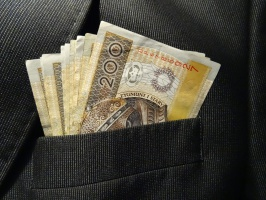 Kolejny bank sfinansuje zakup produktów Ursusa