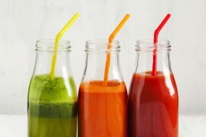 Eksperci: Aby wzrosło spożycie soków, potrzebna jest edukacja