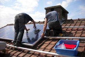 Rekordowe inwestycje w odnawialne źródła energii