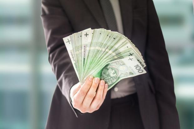 Komornik zajął pieniądze – to komornik musi je zwolnić