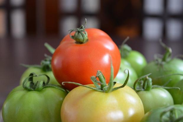 Ceny owoców w sezonie 2016/17 na obecnym poziomie, ceny warzyw w dół