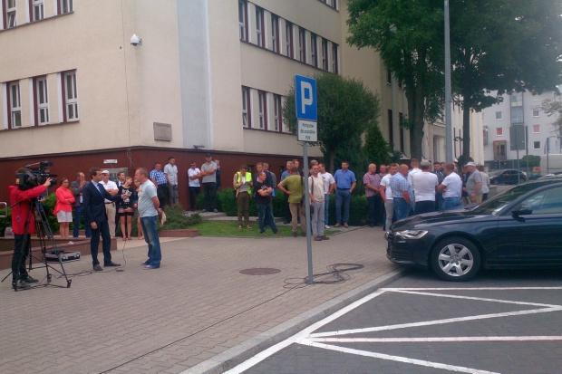 Protest rolników pod Urzędem Wojewódzkim w Białymstoku – zdjęcia