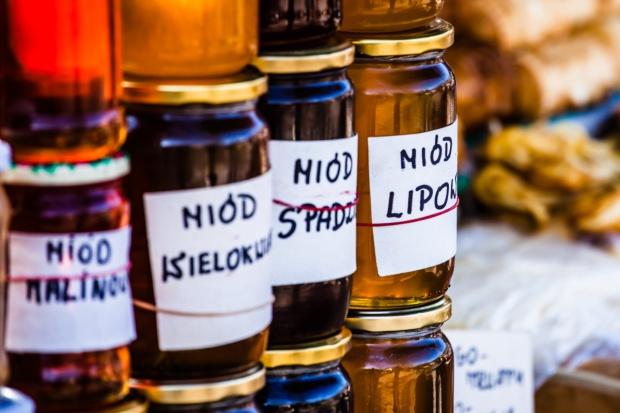 W Małopolsce dopisał miód spadziowy, ale mało jest miodu nektarowego