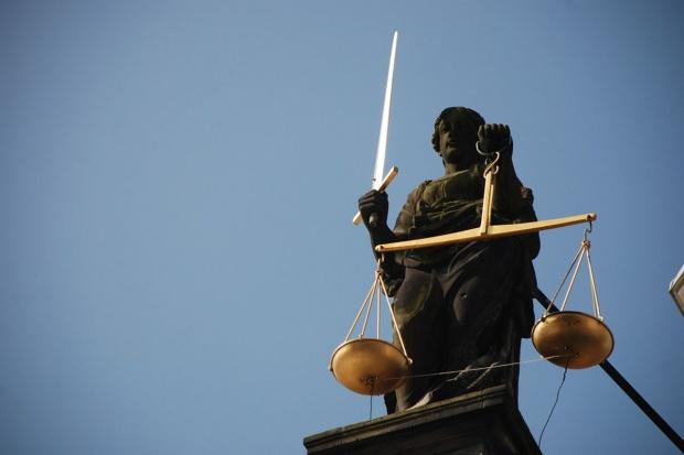 Sąd oddalił pozew o 42 mln zł odszkodowania za błędne decyzje urzędników