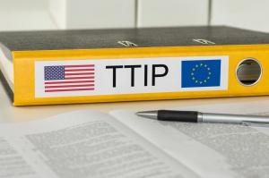 """Ministrowie UE: Koniec rozmów ws. TTIP za kadencji Obamy - """"nierealny"""""""