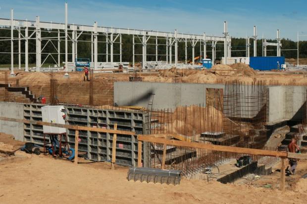 Budowa nowej fabryki SaMasz idzie pełną parą