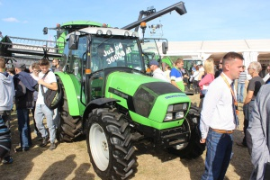 Deutz-Fahr Agrolux 410 - ciągnik budżetowy i uniwersalny