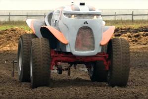 Czy bezzałogowy traktor zrewolucjonizuje rynek maszyn?