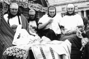"""Nowa wystawa w Zachęcie """"Polska – kraj folkloru?"""""""