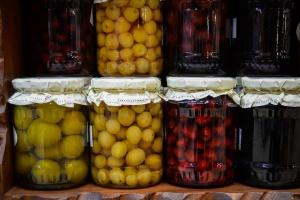 Sprzedaż bezpośrednia czy handel detaliczny żywnością?