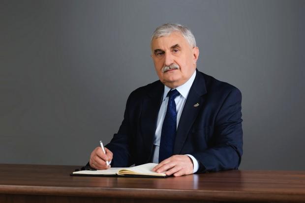 SM Mlekpol: Sytuacja na rynku mleka surowego nadal jest skomplikowana