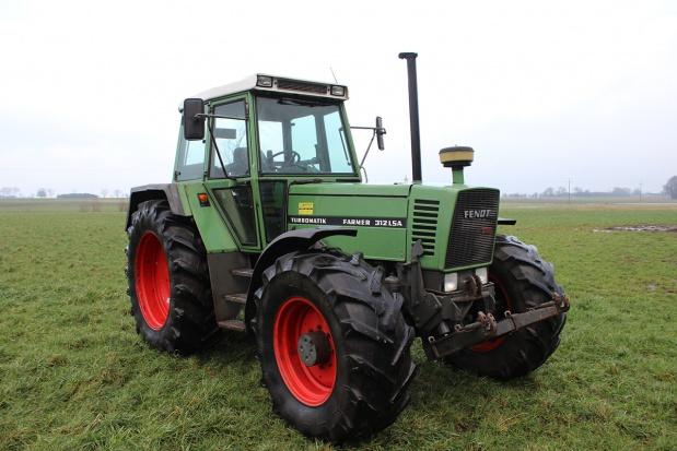 Używany Fendt Farmer 312 LSA - cały artykuł