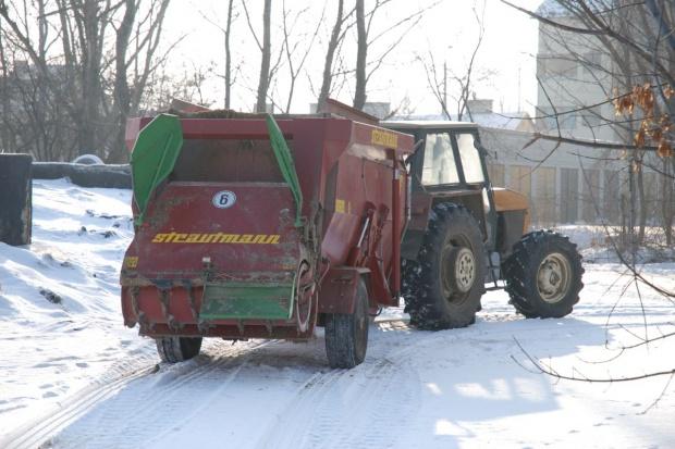 Aby ciągnik dobrze służył także zimą