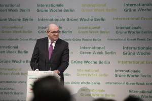 Hogan na Green Week: Konsultacje reformy rolnej rozpoczną się 2 lutego