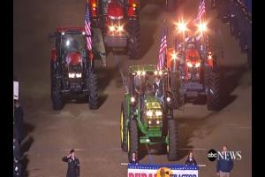 Traktory na paradzie inaugurującej prezydenturę D.Trumpa