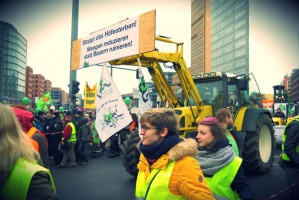 18 tysięcy ludzi na proteście rolników w Berlinie [Galeria]