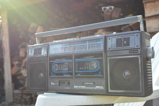 Radio dla rolnika. Jakich stacji słuchają mieszkańcy wsi?