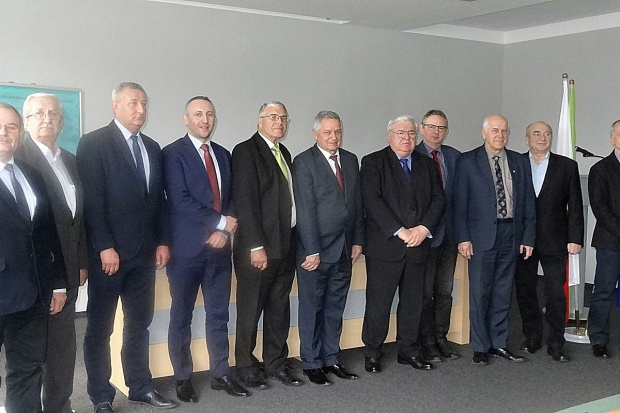 Nowy skład komisji ds. rejestracji kukurydzy