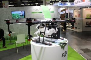Drony zastąpią tradycyjne opryskiwacze?