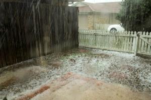 Ostrzeżenia przed burzami z gradem dla 12 województw