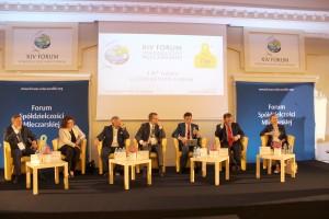 Dyskusje na temat przyszłości mleczarstwa z najważniejszymi unijnymi urzędnikami