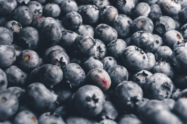 UE: Ogromny spadek zbiorów owoców