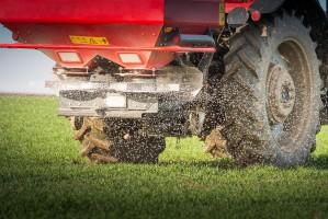 PE przyjął stanowisko ws. ograniczenia metali ciężkich w nawozach