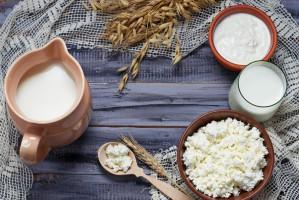 Ceny produktów mlecznych znów mocno spadają