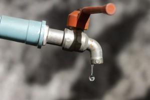 Wody Polskie: Przedsiębiorcy w 2018 r. zapłacą za wodę dwa razy