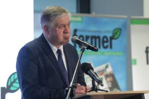 Jurgiel: wprowadzimy ustawę o pomocy dla zagrożonych gospodarstw rolnych