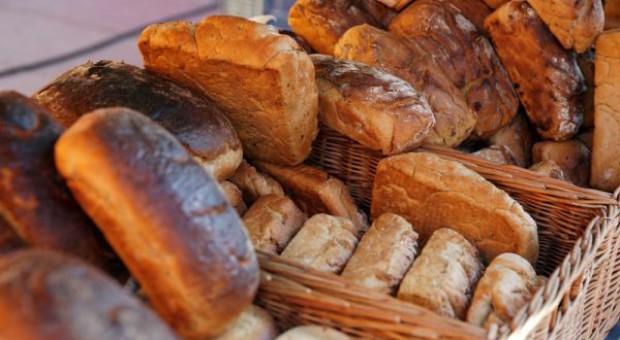Wręczono dożynkowe bochny chleba