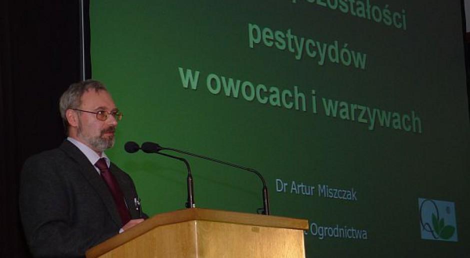 Przekroczenia NDP pestycydów są problemem producentów owoców w systemie integrowanym
