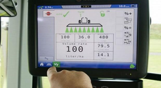 Pełna kontrola opryskiwacza przez ISOBUS