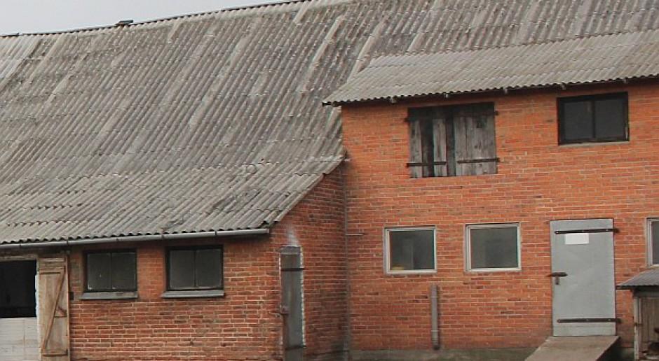 Dachy na wsi bez azbestu