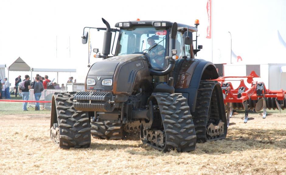 Innovi-Agri 2012 - nowości i najciekawsze maszyny targowe; Outerville we Francji, 4-6 IX 2012