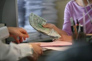 Kto zarabia na ubezpieczeniach
