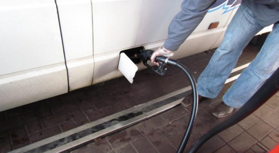 Niezmodernizowane stacje paliw zostają
