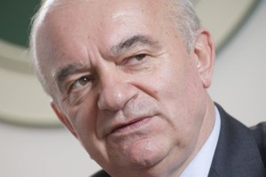 Kalemba: Dzięki rozporządzeniom Polska będzie wolna od GMO