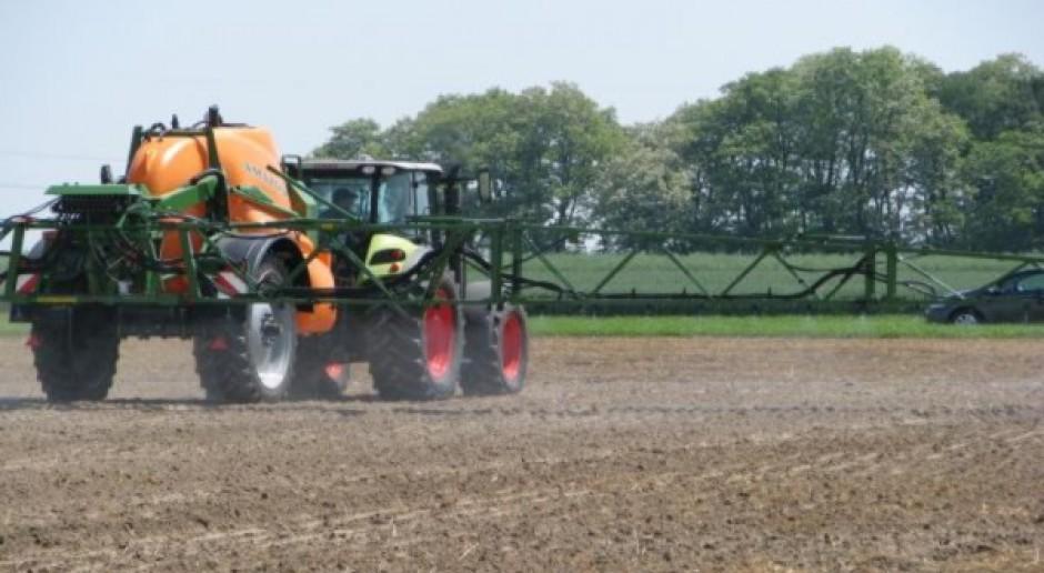Projekt ustawy o środkach ochrony roślin ponownie do komisji