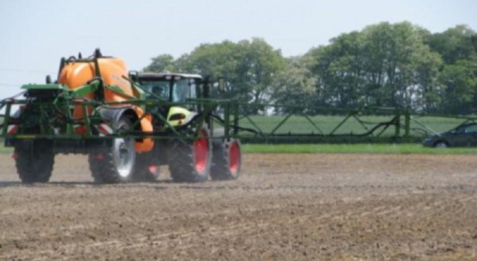 Mieszanie agrochemikaliów na odpowiedzialność rolnika i doradców