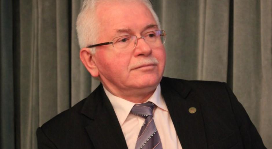 Prof. Mrówczyński: Chrońmy rolników przed karami