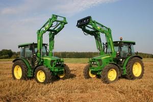 Różni je więcej, niż myślisz - porównanie ciągników John Deere 5080M i 5090R