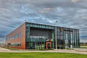 John Deere Polska coraz wyżej w rankingach