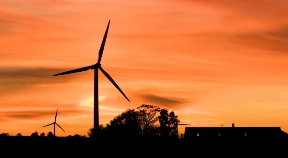 Farma wiatrowa oddalona o 2 km?