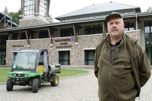 Gatory John Deere w białowieskiej ostoi natury