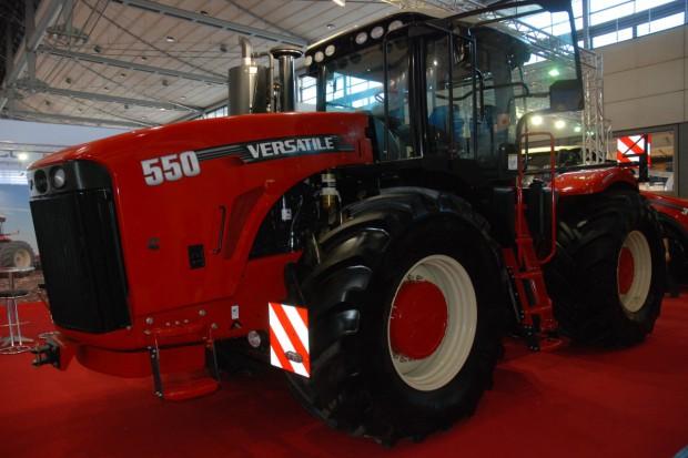 Versatile – wyspecjalizowani w dużych maszynach