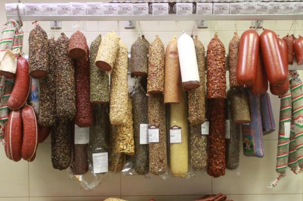 Kalemba: Próbki polskich wędzonek będą przebadane w marcu