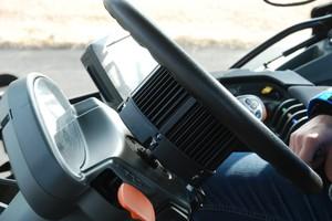 Kierownica Claas poprowadzi każdą maszynę